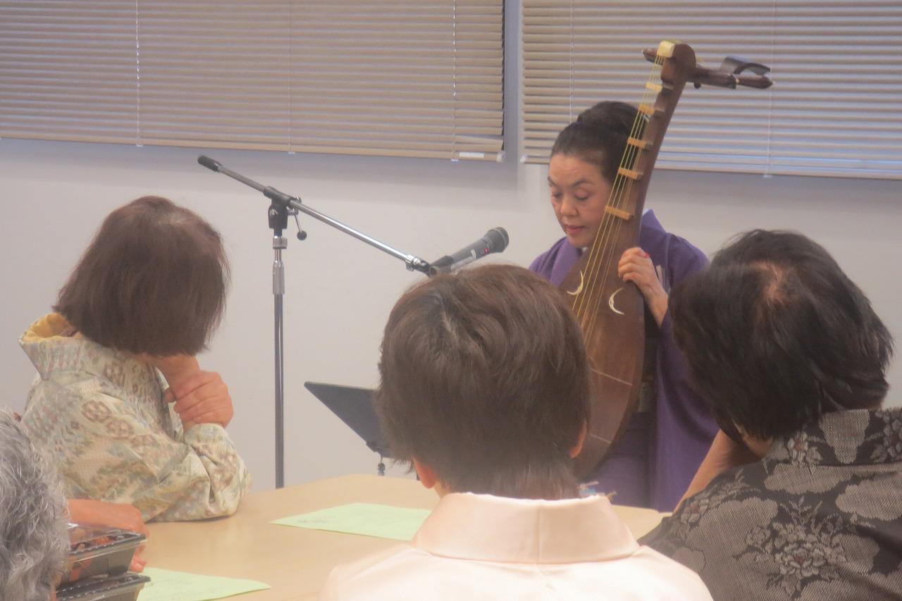 琵琶演奏 ♪鶴