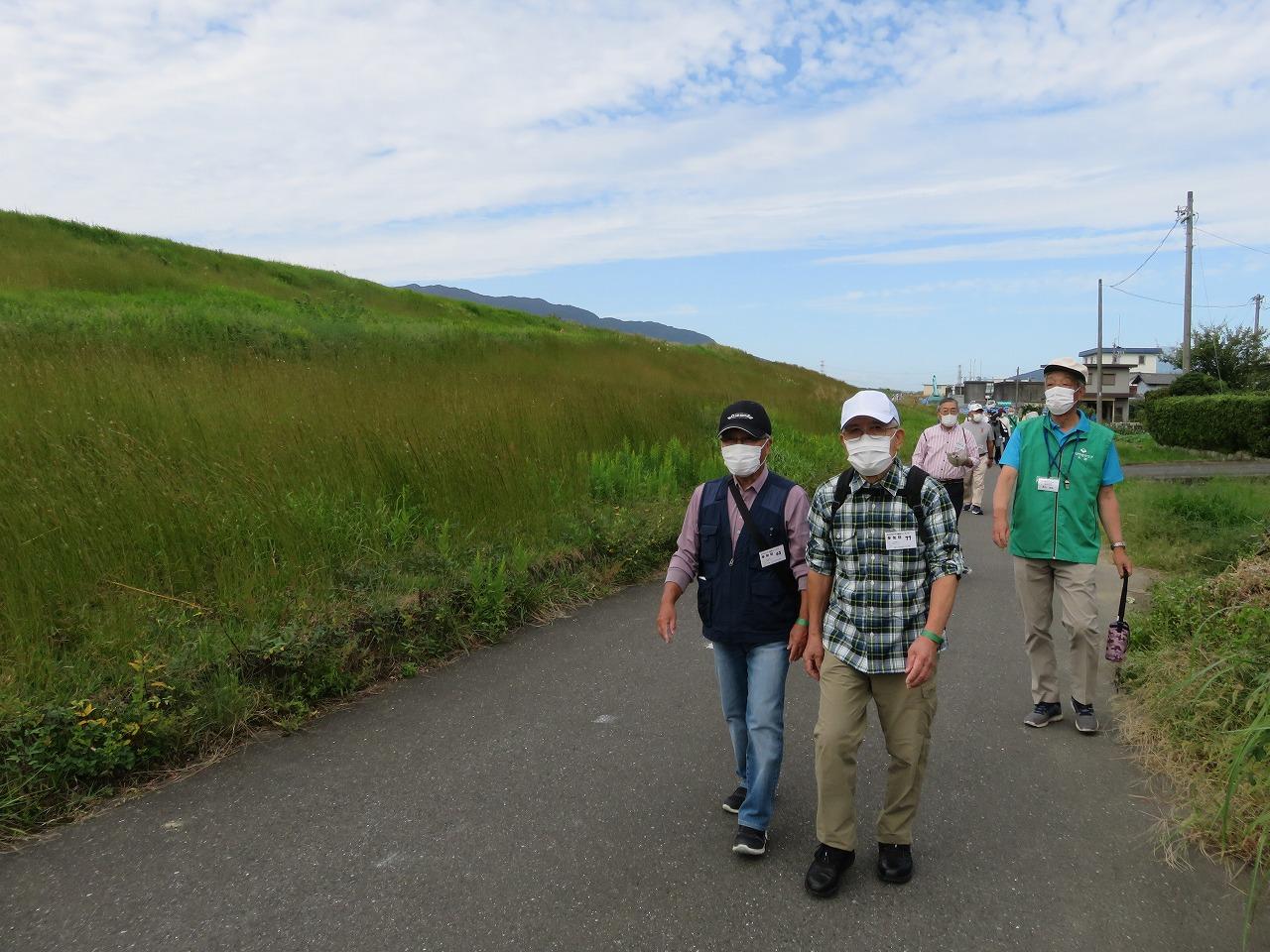 健康ウォーキング(相川堤防)